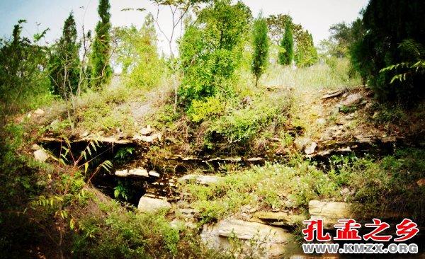 泗水空桑之域的老砭石坑